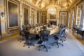 Rijksministerraad trekt Rijkswet Geschillenregeling in