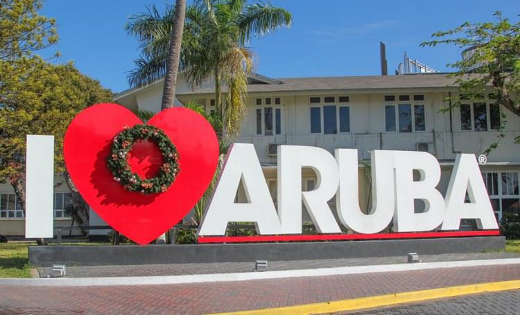 Aruba kort op salarissen ministers en ambtenaren
