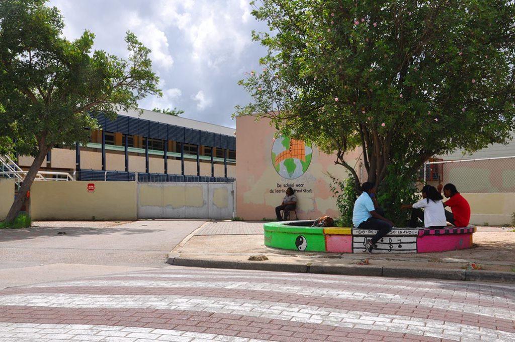 Op Curaçao gaan de scholen weer voorzichtig open