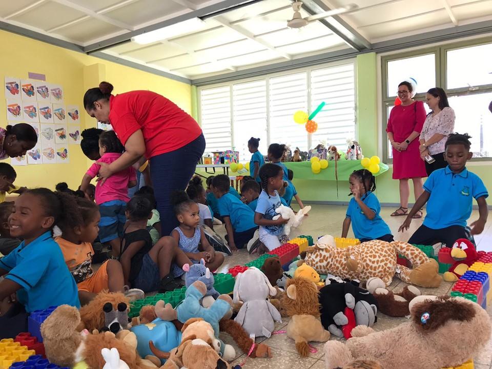 Eerste Kamer vraagt aandacht voor kinderarmoede BES-eilanden