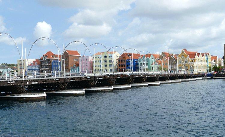 Curaçao houdt voet bij stuk: Voorstel Nederland gaat te ver