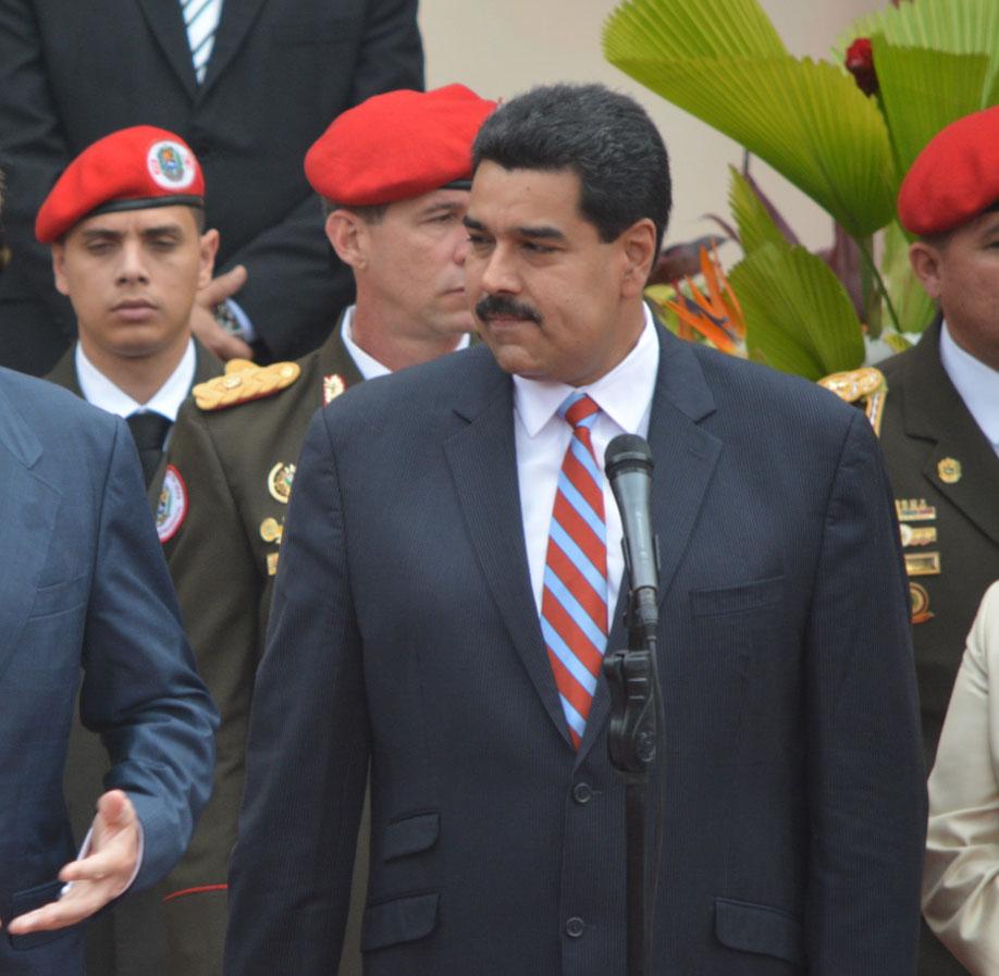 Facebook blokkeert pagina Maduro
