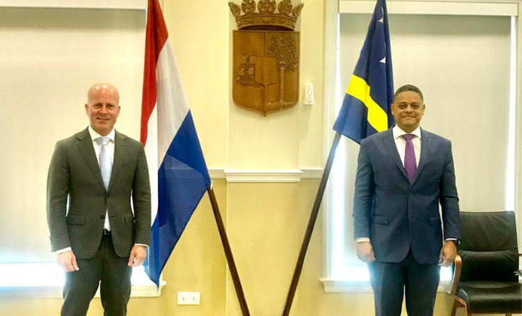 Regering Curaçao heeft er niet op aangedrongen het reisadvies op code geel te houden