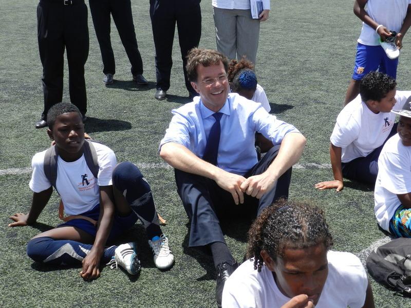 'Rutte, ga ook in gesprek met Bonairiaanse jongeren'