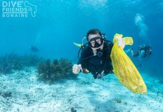 Zaterdag Clean-up Dive op Bonaire