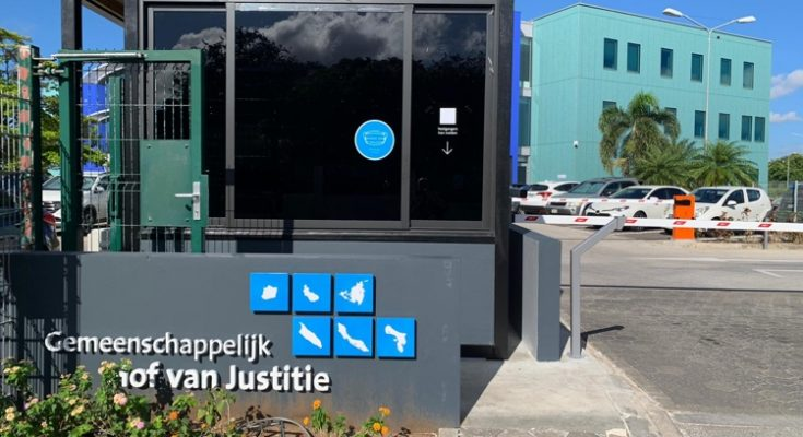 Justitie gaat jeugdcriminaliteit Curaçao preventief aanpakken