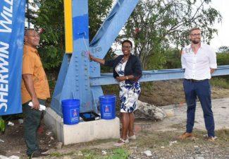 Julianabrug op Curaçao krijgt likje verf
