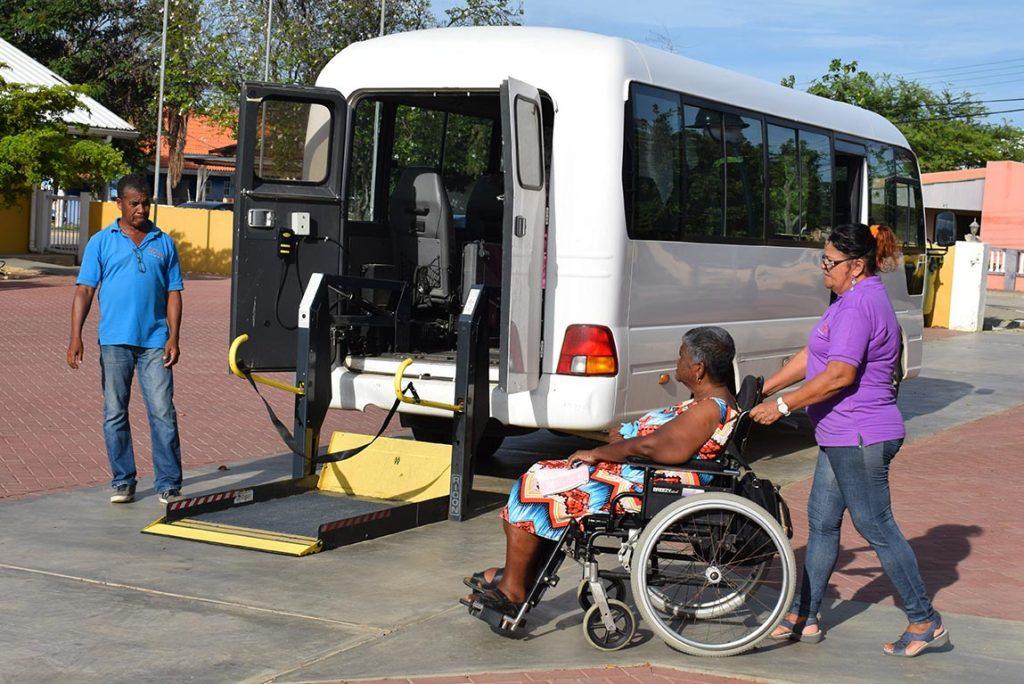 Bonaire beter toegankelijk voor mensen rolstoelafhankelijke bewoners
