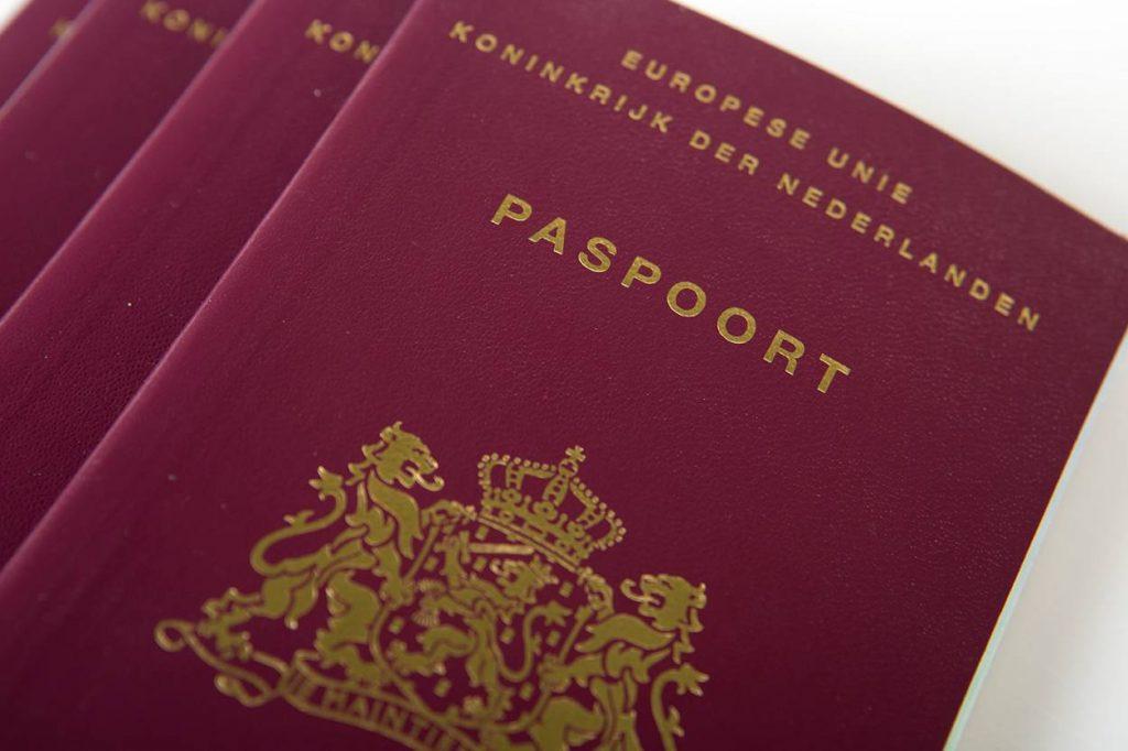 Tickets Aruba, Curaçao en Bonaire peperduur met Kerst