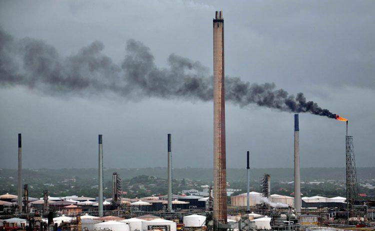Isla Curaçao gaat olie uit Brazilië, Nigeria en Rusland raffineren