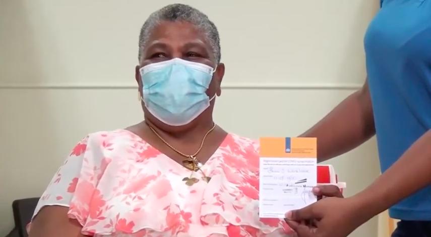 Caribisch deel van het Koninkrijk gestart met Covid vaccin behalve Curaçao