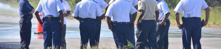 Zes politieagenten Curaçao aangehouden om diefstal inbeslaggenomen goederen