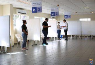 Leerkrachten en personeel noodopvanglocaties Bonaire krijgen vaccinatie