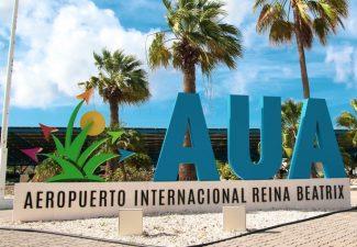 Lange wachtrijen op Aruba airport vanwege controles op coronatests