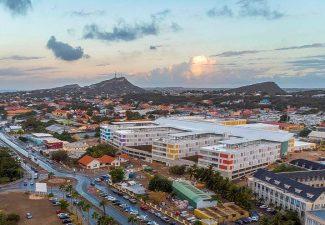 Ziekenhuis Curaçao vol, 506 besmettingen erbij
