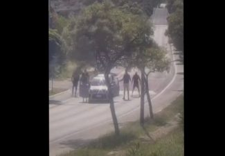 Twee Amerikaanse toeristen op Curaçao met machetes beroofd van auto