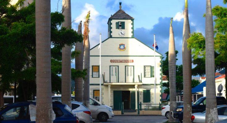 Rechtszaken Sint-Maarten in gevaar door vliegverbod Aruba en Curaçao