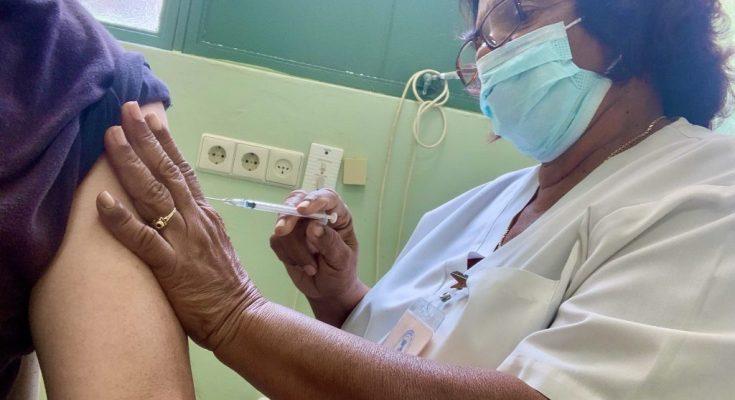Meer priklocaties voor vaccinatie op Curaçao