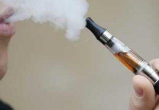 E-sigaret mag in Nederland binnenkort niet meer naar Piña Colada smaken