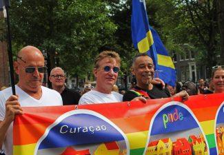 Curaçaoënaar Glenn Helberg wint Jos Brink Oeuvre Prijs
