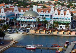 Toerisme Aruba krabbelt op