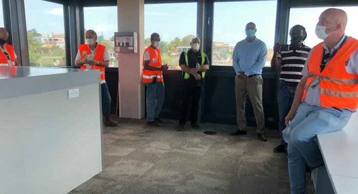 Overheid St. Eustatius ontvangt sleutels nieuw luchthavengebouw