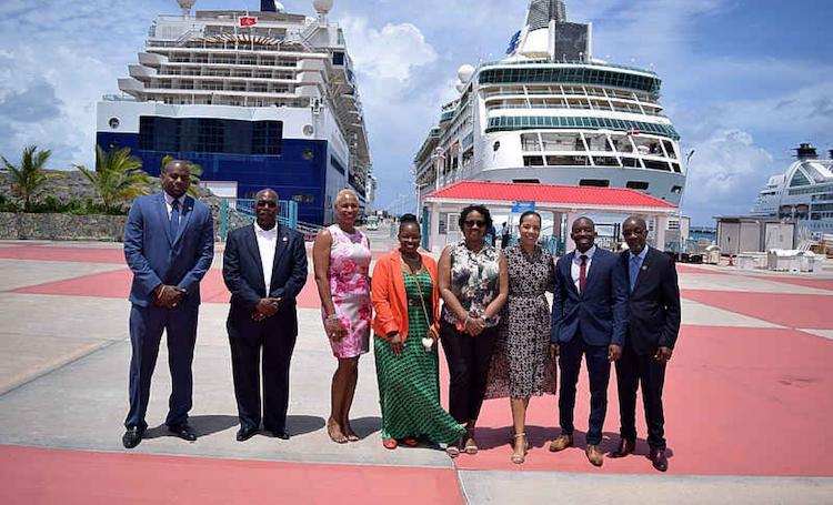 Eerste cruise vertrok zaterdag weer vanaf Sint-Maarten