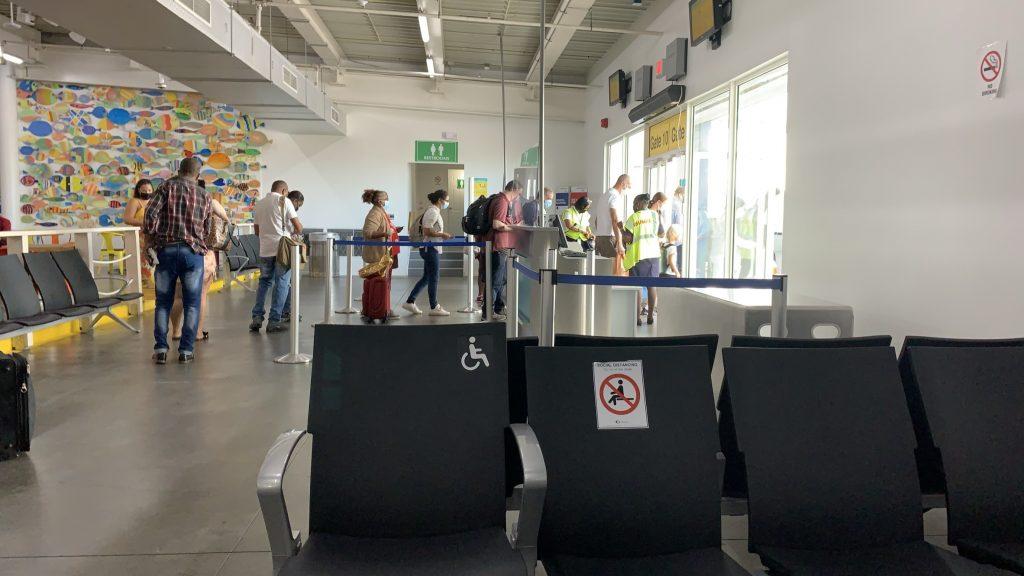 Sint-Maarten ontslaat per direct twee bestuurders van de luchthaven