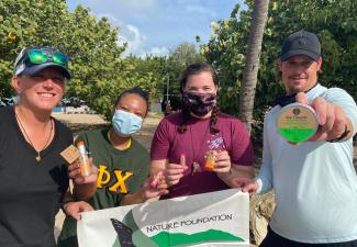 Sint Maarten maakt werk van plastic-vrije stranden