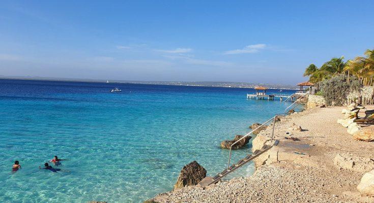 Zorgen op Bonaire over ontwikkeling Bachelor's Beach