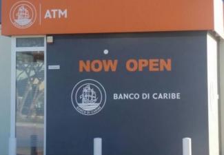 Verkoop Banco di Caribe door toezichthouder maakt tongen los op Curaçao