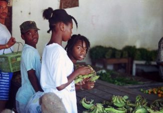 Coronabesmettingen in Suriname tonen explosieve groei