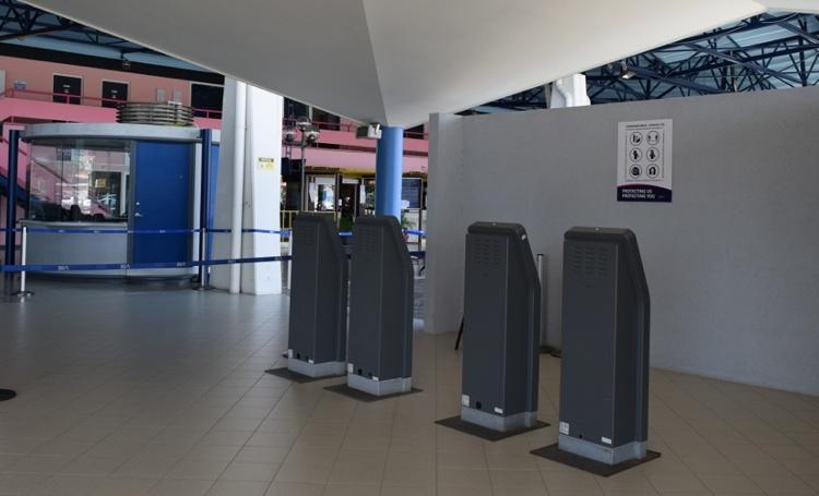 Marechaussee Bonaire ontdekt valse PCR-testen bij vertrekkende passagiers USA